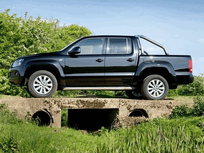 2010 Volkswagen Amarok Double Cab Trendline - UK version 11
