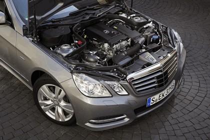 2011 Mercedes-Benz E200 NGT 7
