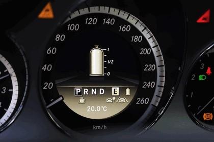 2011 Mercedes-Benz E200 NGT 15