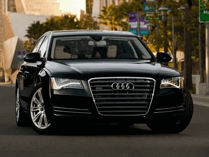 2010 Audi A8L 4.2 FSI quattro - USA version 1