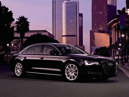 2010 Audi A8L 4.2 FSI quattro - USA version 4