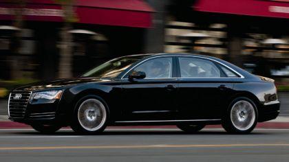 2010 Audi A8L 4.2 FSI quattro - USA version 9