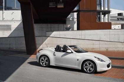 2011 Nissan 370Z roadster 5