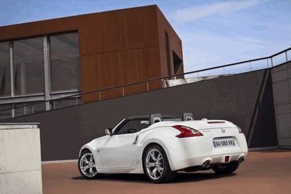 2011 Nissan 370Z roadster 7