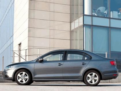 2010 Volkswagen Jetta - UK version 9