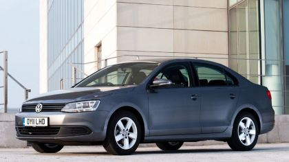 2010 Volkswagen Jetta - UK version 3