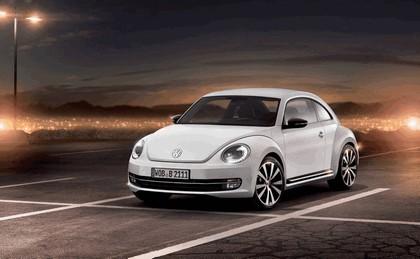 2011 Volkswagen Beetle 2