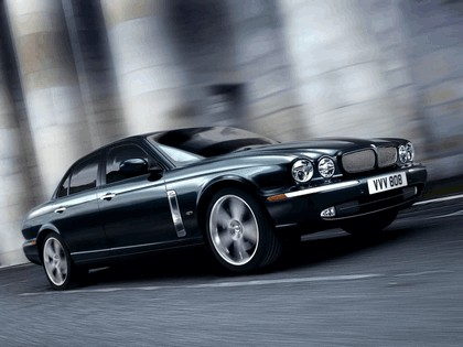 2006 Jaguar XJR Portfolio UK version 1