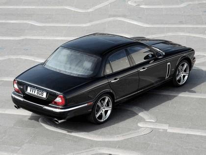 2006 Jaguar XJR Portfolio UK version 4