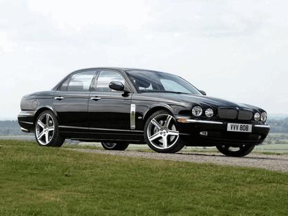 2006 Jaguar XJR Portfolio UK version 7