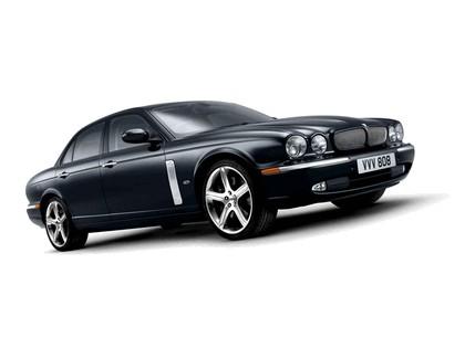 2006 Jaguar XJR Portfolio UK version 9
