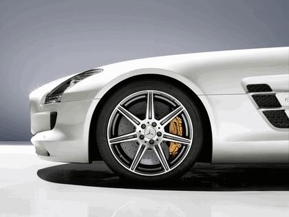2011 Mercedes-Benz SLS AMG roadster 12