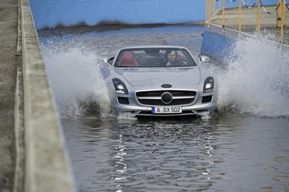 2011 Mercedes-Benz SLS AMG roadster 18