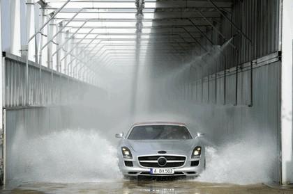 2011 Mercedes-Benz SLS AMG roadster 19