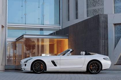 2011 Mercedes-Benz SLS AMG roadster 35