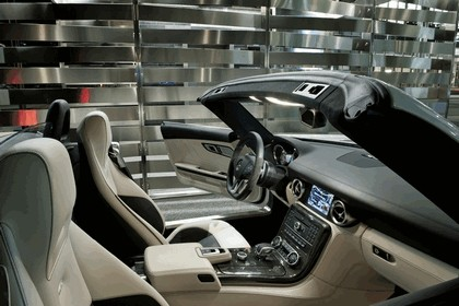 2011 Mercedes-Benz SLS AMG roadster 135