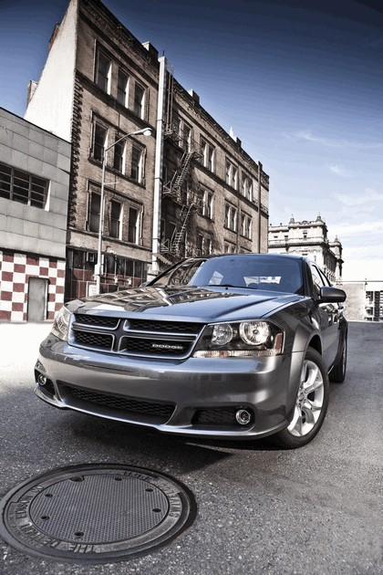2012 Dodge Avenger RT 2