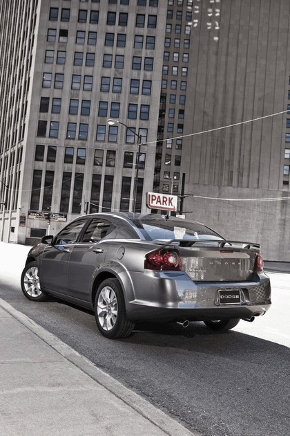 2012 Dodge Avenger RT 4