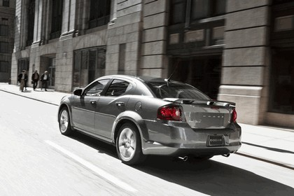 2012 Dodge Avenger RT 5