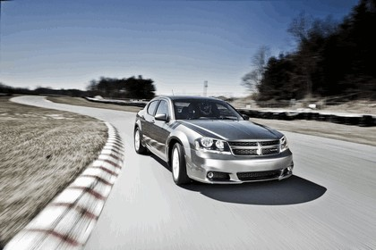 2012 Dodge Avenger RT 6