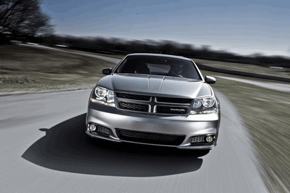 2012 Dodge Avenger RT 7