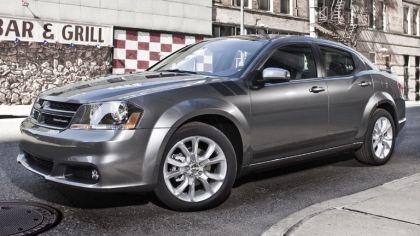 2012 Dodge Avenger RT 2
