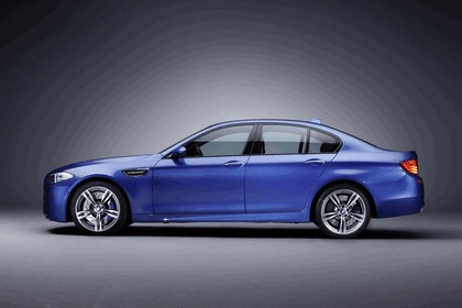 2011 BMW M5 ( F10 ) 6