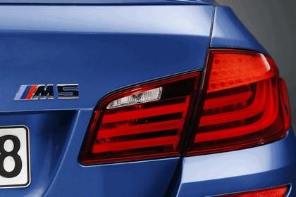 2011 BMW M5 ( F10 ) 8