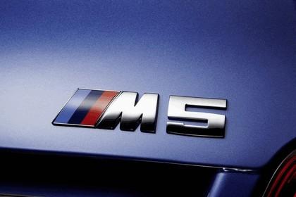 2011 BMW M5 ( F10 ) 15