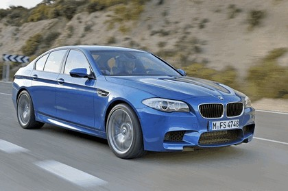 2011 BMW M5 ( F10 ) 28