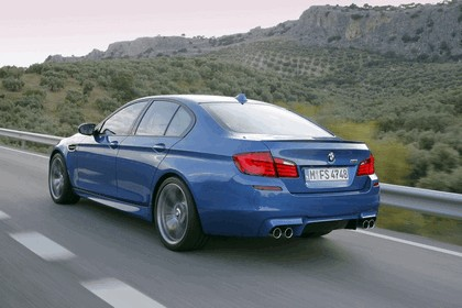 2011 BMW M5 ( F10 ) 66