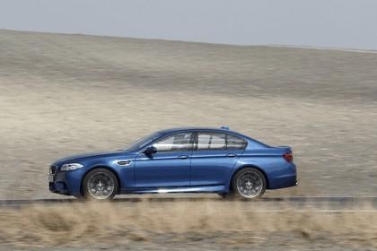 2011 BMW M5 ( F10 ) 241