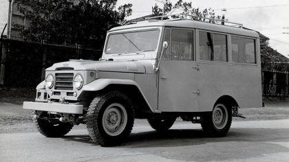 1956 Toyota Land Cruiser station wagon ( FJ28L ) 1
