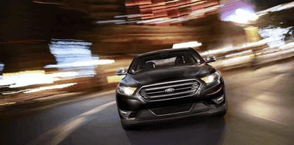 2013 Ford Taurus Limited 12