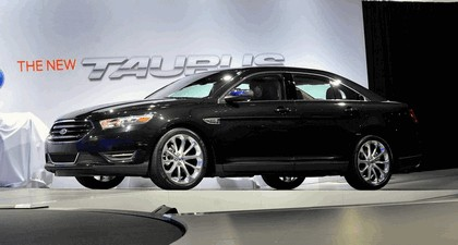 2013 Ford Taurus Limited 21