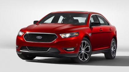 2013 Ford Taurus SHO 3