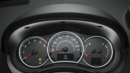 2011 Renault Koleos 11