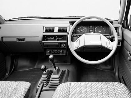 1985 Nissan Datsun 4WD regular cab ( D21 ) 3