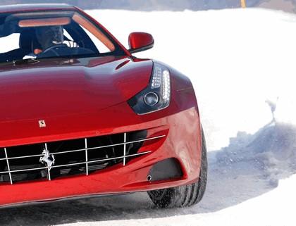 2011 Ferrari FF 39