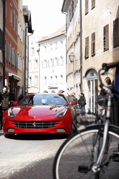 2011 Ferrari FF 43