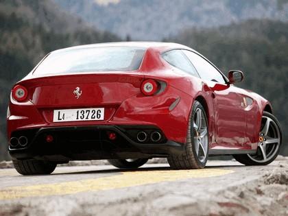 2011 Ferrari FF 121