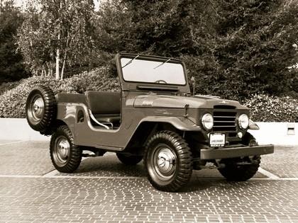 1957 Toyota Land Cruiser canvas top ( FJ25L ) 1