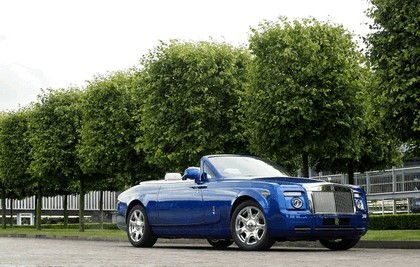 2011 Rolls-Royce Phantom Drophead coupé ( one-off model at Masterpiece London ) 1