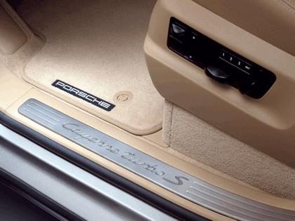 2006 Porsche Cayenne Turbo S 17