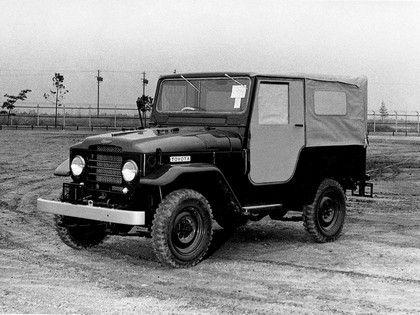 1955 Toyota Land Cruiser Canvas Top ( FJ25 ) 1