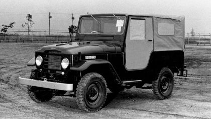 1955 Toyota Land Cruiser Canvas Top ( FJ25 ) 6