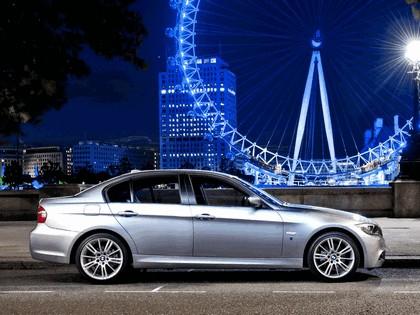 2011 BMW 318i ( E90 )  Performance Edition - UK version 4