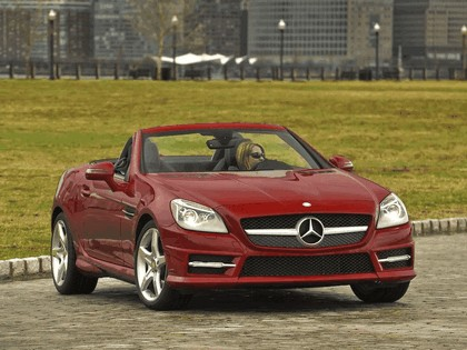 2011 Mercedes-Benz SLK 350 AMG with Sports Package - USA version 2