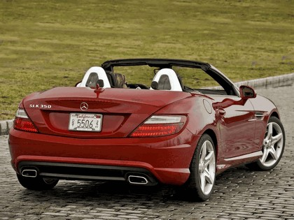2011 Mercedes-Benz SLK 350 AMG with Sports Package - USA version 5