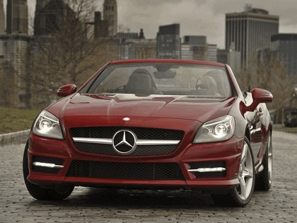 2011 Mercedes-Benz SLK 350 AMG with Sports Package - USA version 17